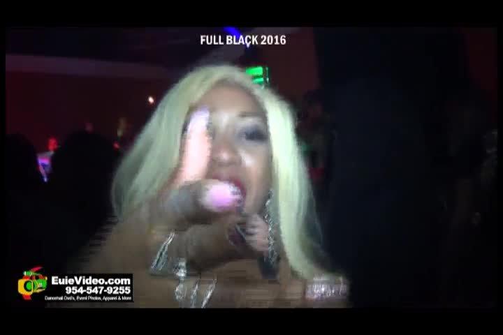 FULL BLACK 2016